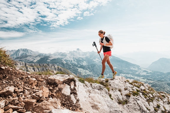 Red Bull X Alps 2021 athletes FRA3 Laurie Genovese hiking