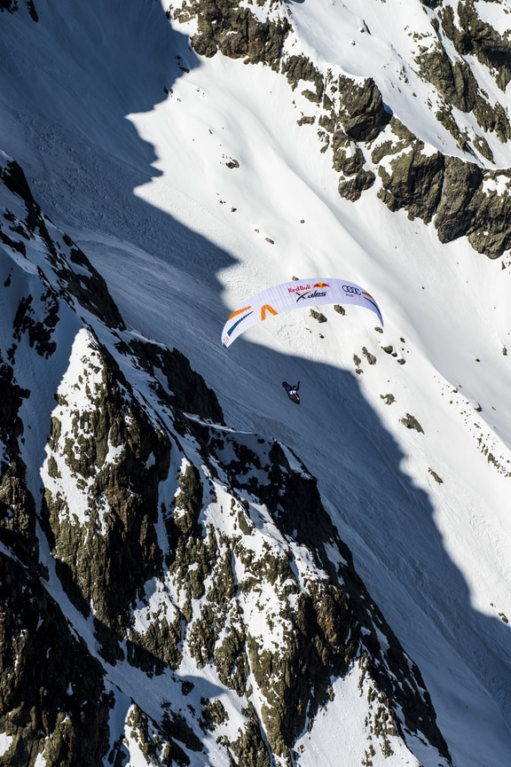 Participant flies during the Red Bull X-Alps preparations in Briancon, France on may 23, 2019